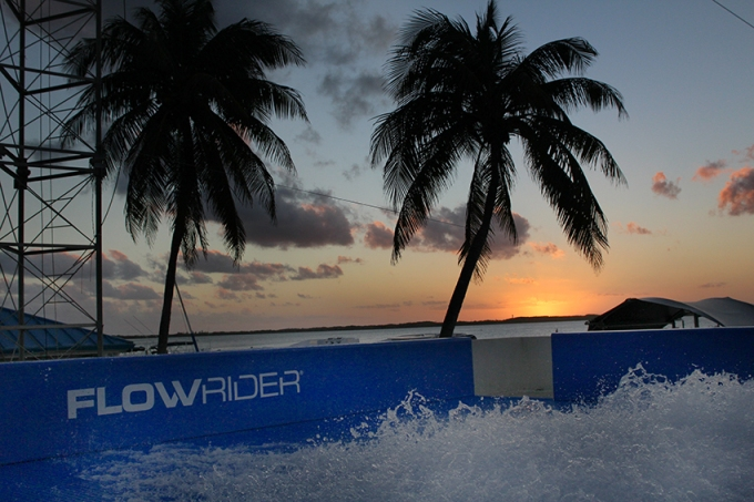 cancun-flowrider-dusk