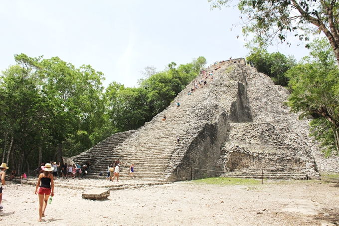 roadtrip-chichen-Itza-coba-nohoch-mul-pyramid
