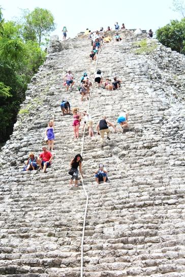 roadtrip-chichen-Itza-coba-4-nohoch-mul-pyramid